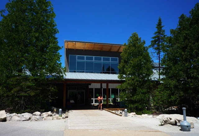 Bruce Peninsula National Park Visitors Centre Tobermory - Exploring Tobermory: Visiting Bruce Peninsula National Park