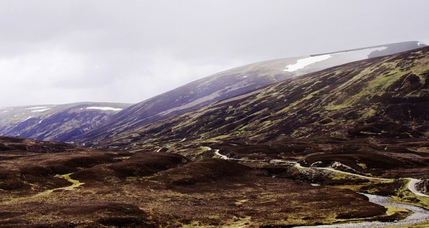 Cairngorm Mountains 620x330 - Honeymoon in the UK: Day 6 - Bus Tour From Edinburgh to Loch Ness