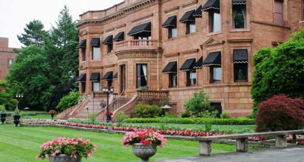 Visiting the Canadian Club Heritage Brand Centre