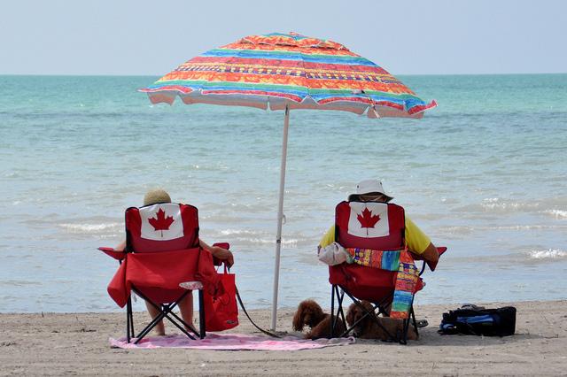 Relaxing At Port Burwell Beach On Lake Erie Suburban Tourist